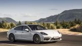 Porsche lập kỷ lục về doanh số mới trong năm 2017