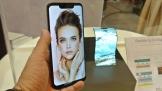 Sharp 'khoe' hai smartphone AQUOS mới