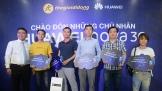 Ngày đầu mở bán, hàng ngàn smartphone Huawei Nova 3e đến tay người dùng