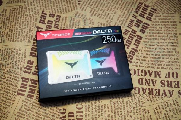 T-Force Delta RGB SSD 250GB: độc đáo với đèn RGB, hiệu năng ổn