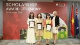 RMIT trao tặng 32 tỉ đồng học bổng