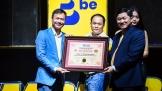 Ứng dụng gọi xe 'be' khoe mô hình Bumblebee lớn nhất Việt Nam