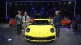 Porsche 911 thế hệ 8: Mạnh, nhanh và nhiều công nghệ tiên tiến