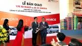 Toyota bàn giao hơn 170 xe Hiace đời 2018