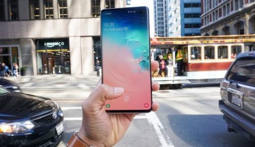'Tâm khục khẩu phục' cảm biến vân tay siêu âm trên Galaxy S10+