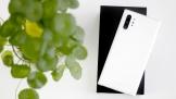 Trên tay Samsung Galaxy Note10+: Quý phái với sắc màu Aura White