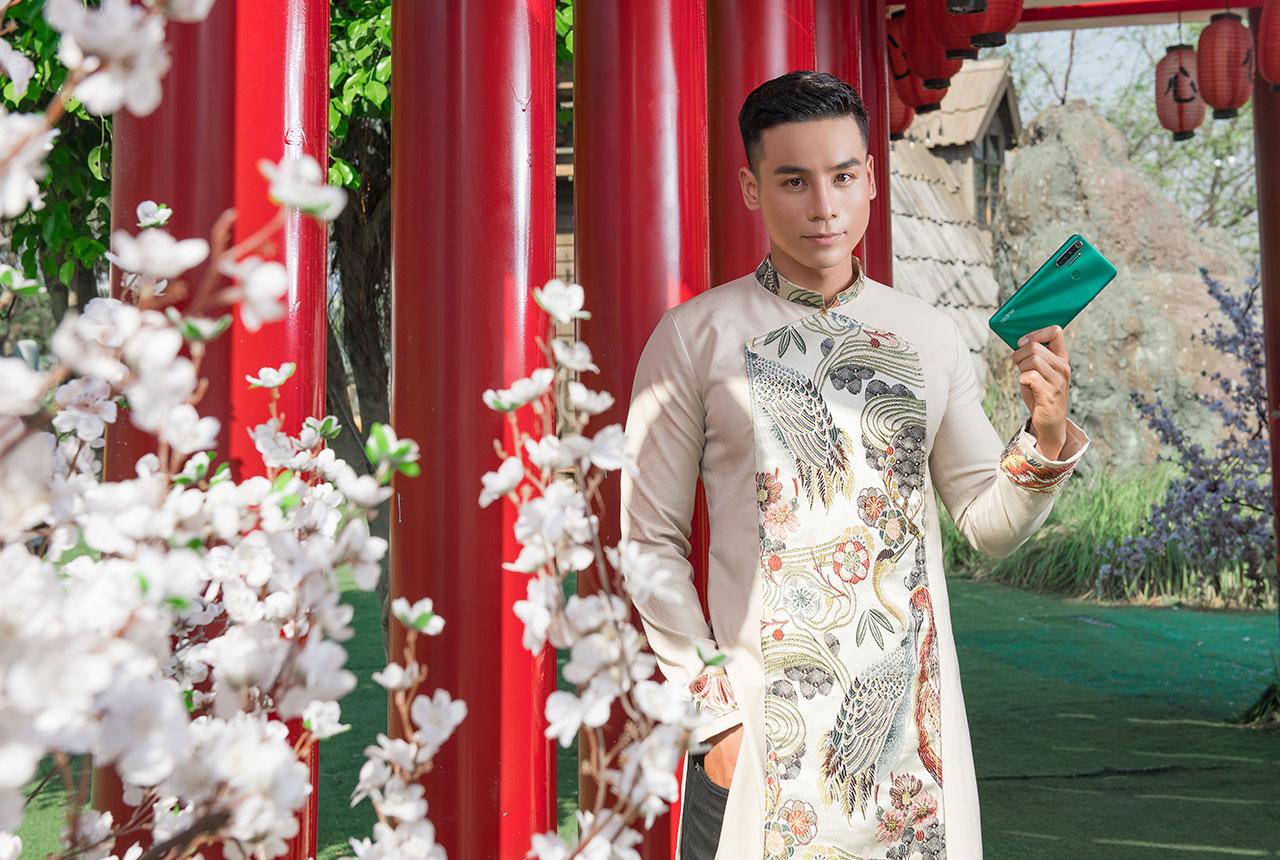Realme 5i và 5s khoe sắc xuân bên cạnh bộ tứ Nam vương, Hoa hậu