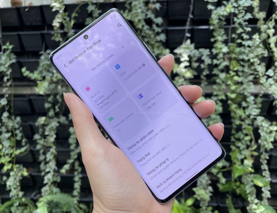 Trên tay vivo X60Pro - chiếc smartphone cao cấp 5G đầu tiên của vivo