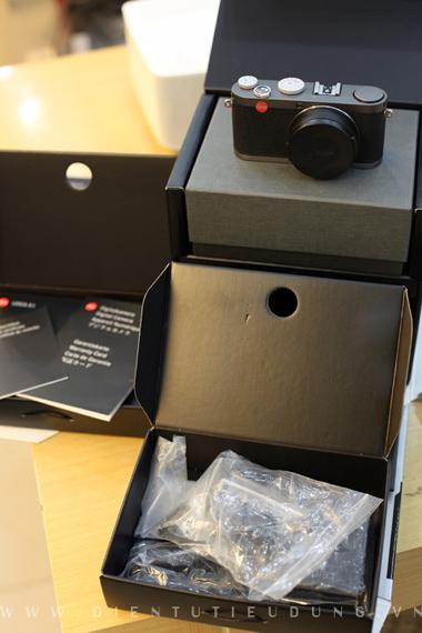 Leica X1