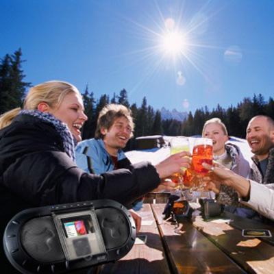 i-XPS 120 Outdoor cho bữa tiệc ngoài trời thềm vui.