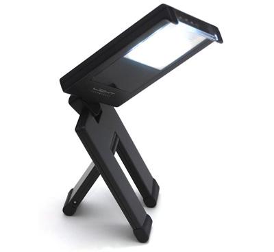Chiếc đèn được chế tạo bằng nguyền liệu sạch