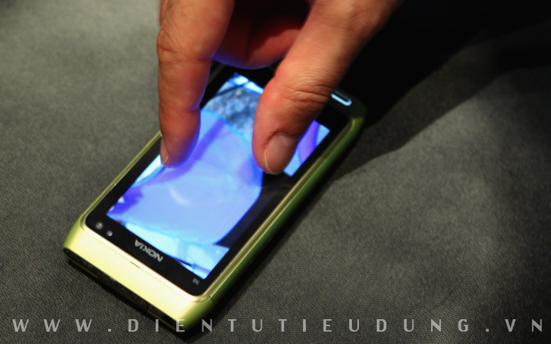Nokia N8 Review Multi Touch