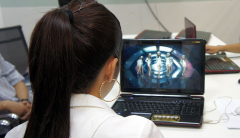 Toshiba, 3D, Tăng Thanh Hà, F750, F750 3D, 3D