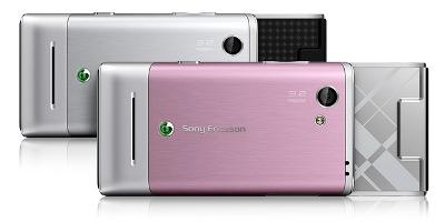 T715 có hai màu là bạc và hồng