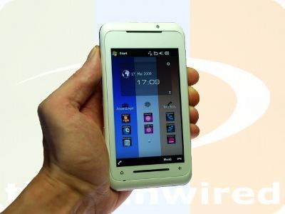 TG01 còn có màu trắng. Ảnh: New Technology