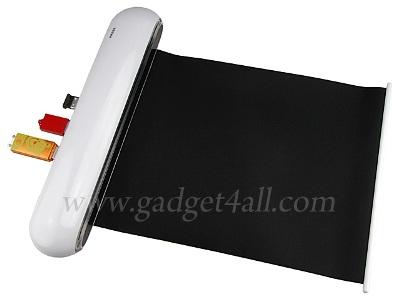 Bàn di chuột cũng được tích hợp với cổng USB. Ảnh: Gadget 4 All