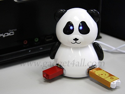 Chú gấu trúc dễ thương hỗ trợ 4 thiết bị USB. Ảnh: Gadget 4 All