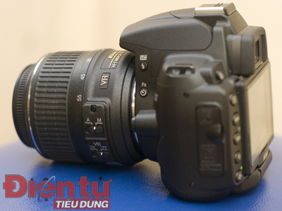 D5000 trang bị Lens Kit VR 18-55 mm