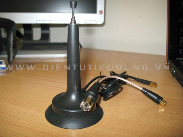 Bộ Antenna đi kèm với Y550P