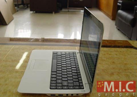 Macbook, Dell Adamo, iPhone