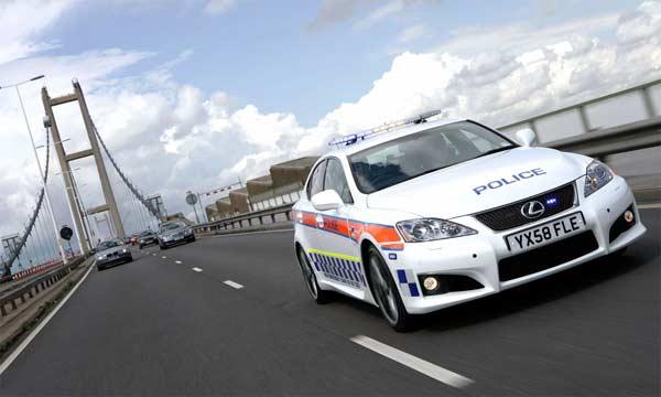 Lexus IS-F sẽ trở thành xe công vụ cho cảnh sát Anh48