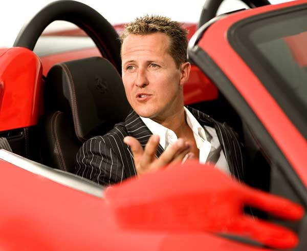 Schumacher đã quay lại với chiếc mô tô vào tháng 5