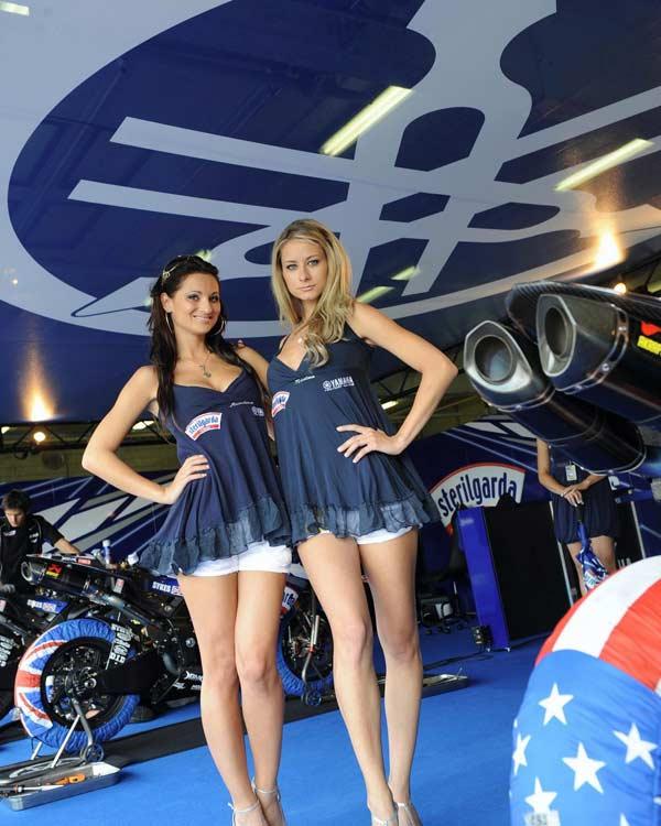 Beckie Jane và Kaleigh Fabien