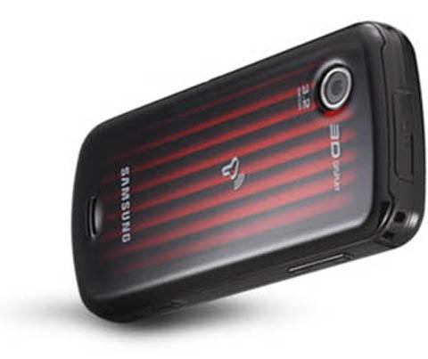 W960 được trang bị camera 3,2 megapixel