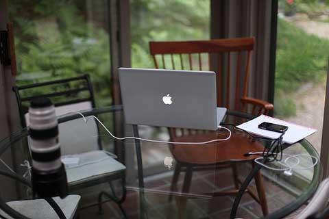 Sử dụng laptop