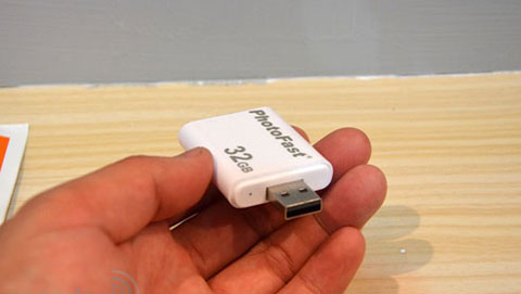 PhotoFast i-FlashDrive, Apple, iPod Touch, iPad