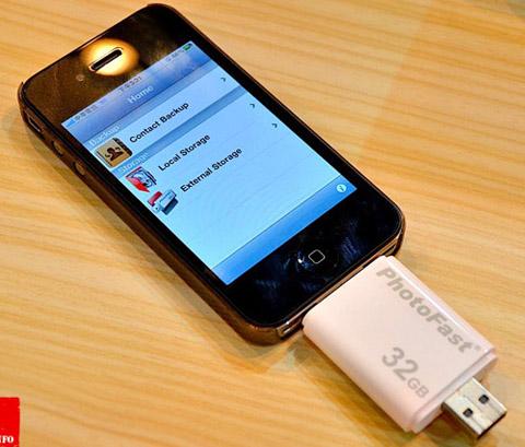 PhotoFast i-FlashDrive, Apple, iPod Touch, iPad
