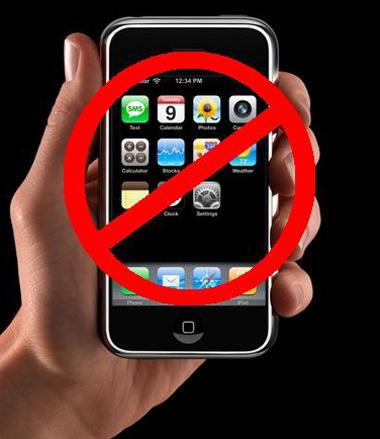 iPhone, Blackberry, RIM, Apple, Microsoft, Nokia, Motorola, LG, Samsung