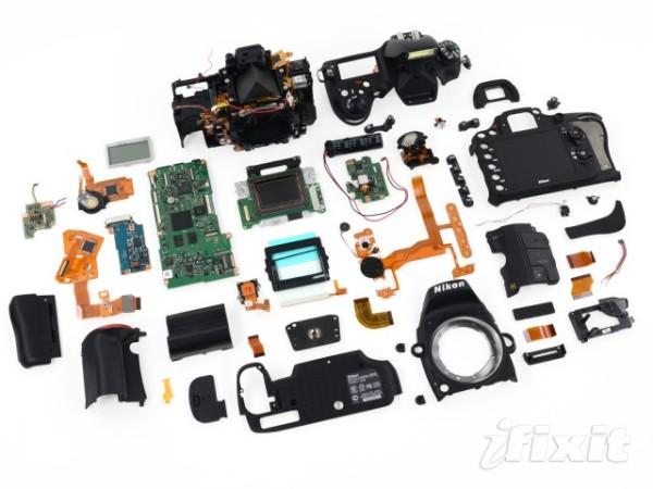 DSLR, CMOS, Nikon D600, Full Frame, Nikon Exspeed 3, Samsung, SDRAM DDR3