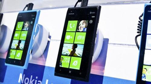 BlackBerry 10, LG Nexus 4, Samsung Galaxy Note 2, HTC One X+, Galaxy S3, Lumia