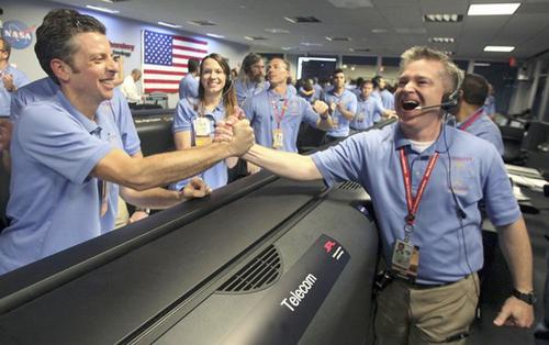 Apple, Dell, NASA, Autonomy