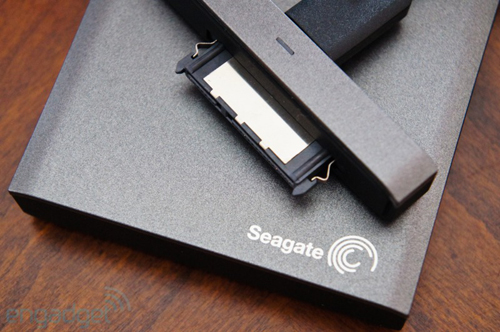 Wireless Plus, Android, iOS, Seagate