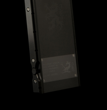 Classic 712 Stealth L.E, thiết kế, đặc biệt, có hạn, độc đáo, mobile-news