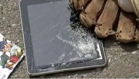 iPad dùng vỏ nhôm nhưng độ bền có hạn. Ảnh: PCMag