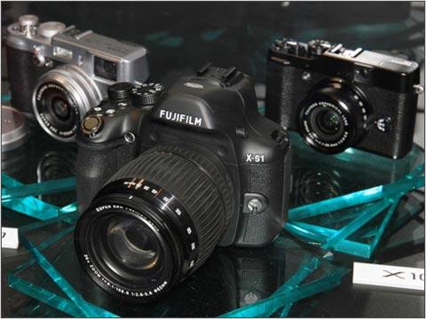 FujiFilm XS-1