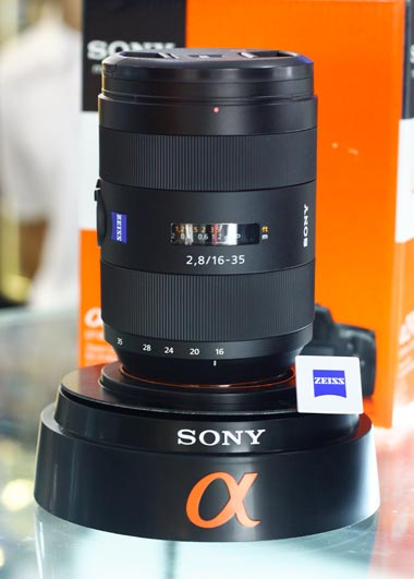 Sony Carl Zeiss 16-35mm f/2.8