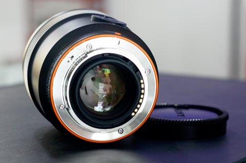 Sony Carl Zeiss Distagon 24mm f/2.0