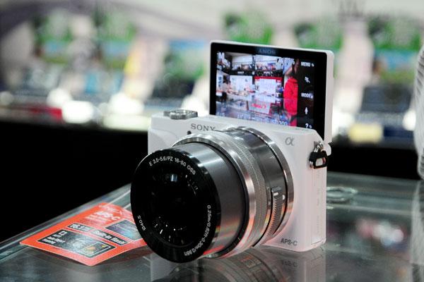 Camera-news, hands-on, Sony, may anh sony, mirrorless, Sony NEX, Sony NEX-3N