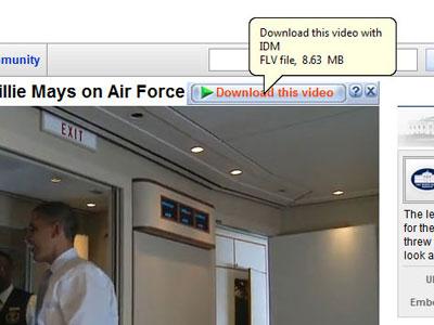 Tùy trình duyệt Web sẽ xuất hiện nút Download this video