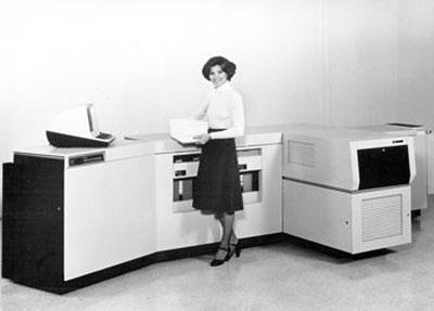 Máy in Xerox 9700 ra đời năm 1977. Ảnh: russbellew