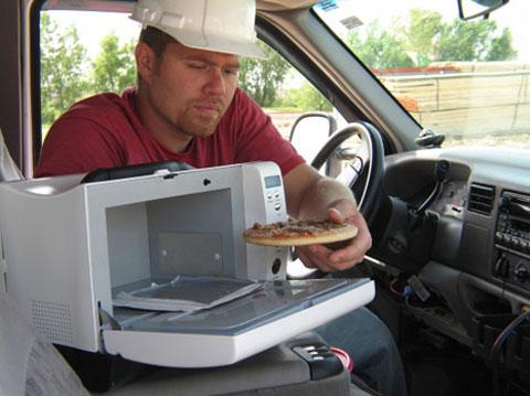 WaveBox có thể sử dụng được ở nhiều nơi khác nhau ngay cả trền ô tô. Ảnh: otakku
