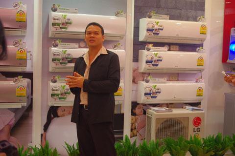gian hàng máy điều hòa LG Health