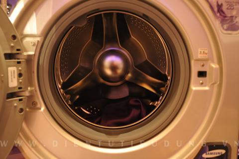 khử mùi hôi máy giặt