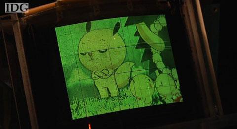 NHK ra mắt phiền bản OLED 5 inch