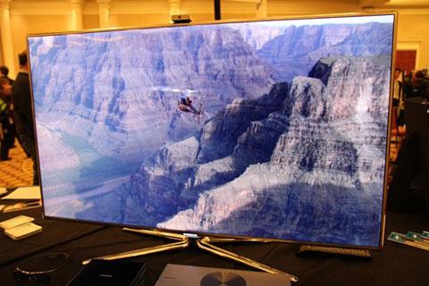 3D, HDTV, Samsung, SmartHub, UA55D8000, giải pháp 3D tại gia hoàn hảo
