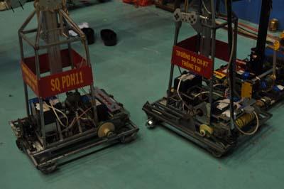 Robot của trường Sỹ quan chỉ huy KTTT